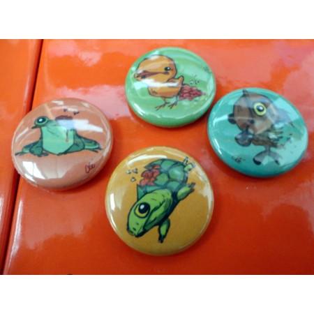 Collector : badges et miroirs signés Clé !
